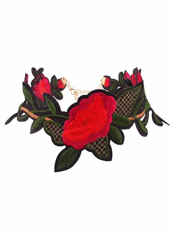 collar bohemio bordado de flores rojas producto