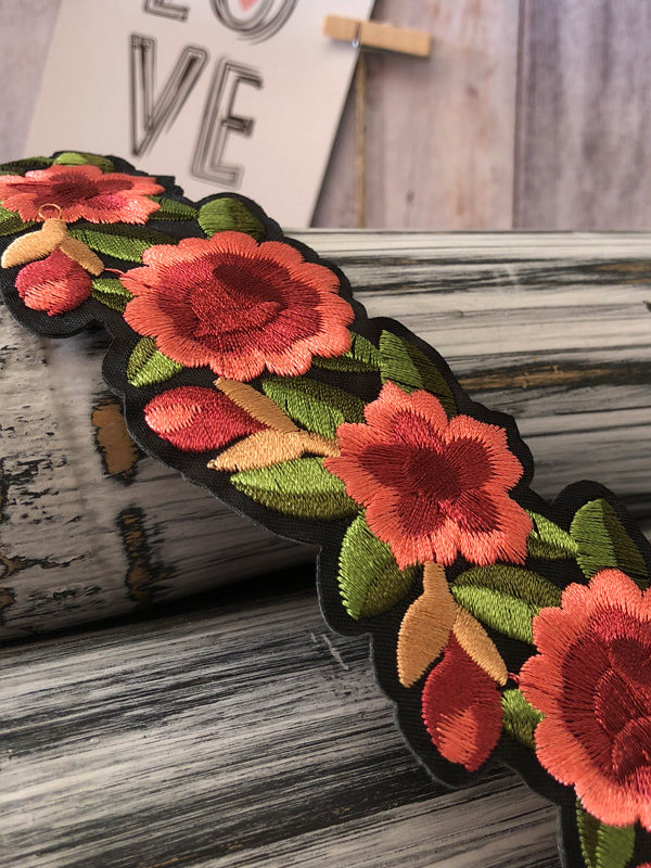 collar bohemio de flores bordado producto