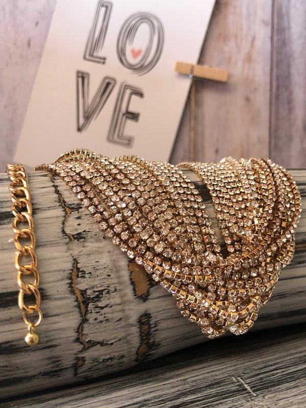 gargantilla efecto diamantes dorado materiales