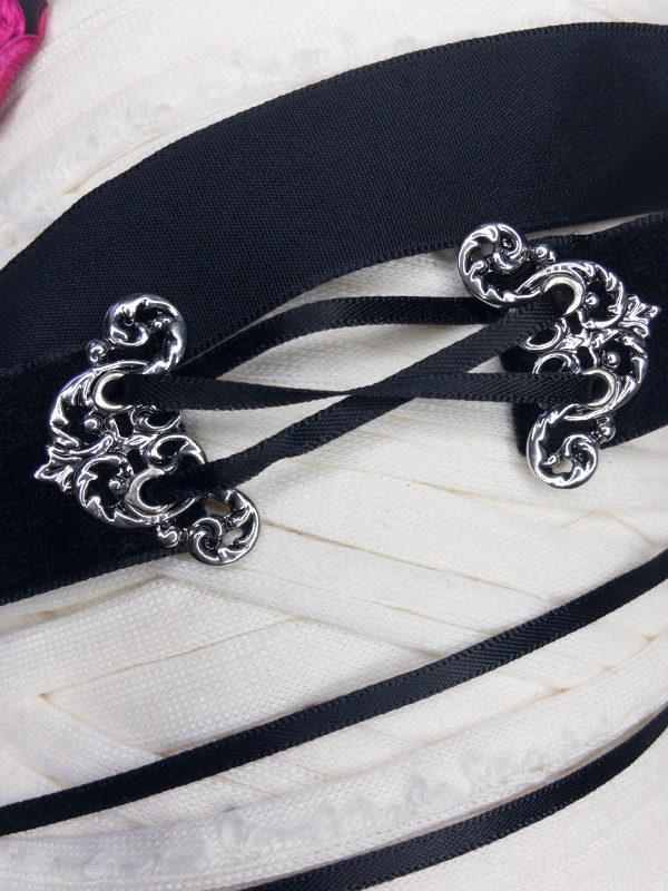 collar de terciopelo negro con corset producto espalda