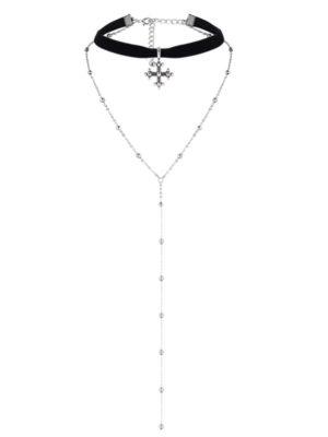 choker de terciopelo negro con cadena y cruz