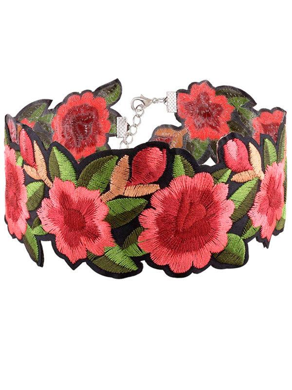 collar choker pegado al cuello bordado de flores bohemio