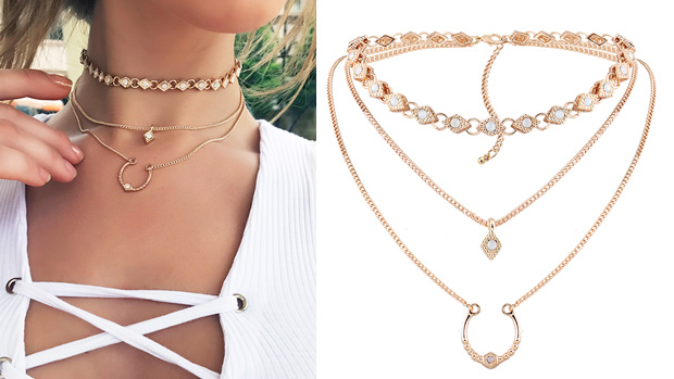 choker triple capa con media luna