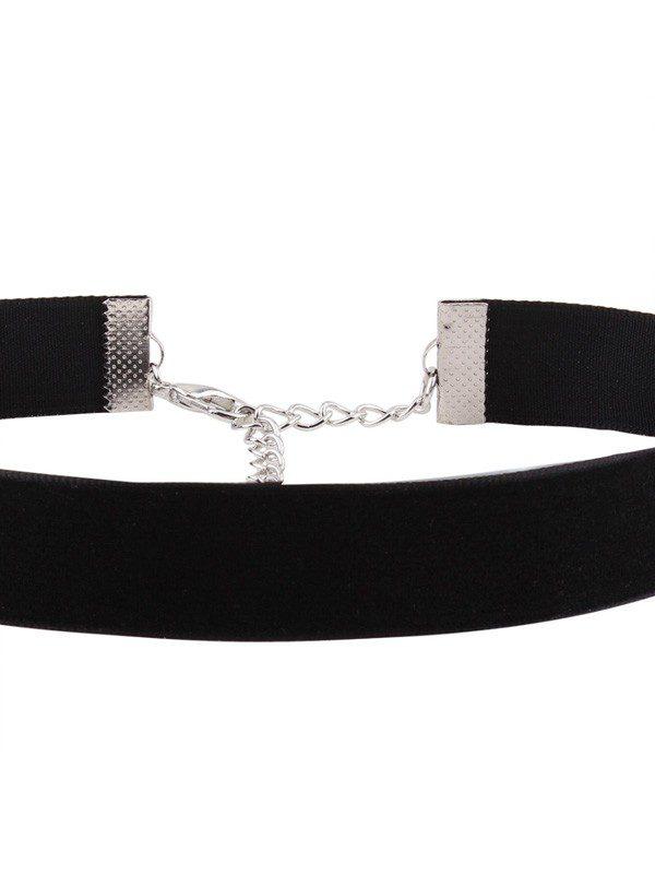 collar choker de terciopelo negro