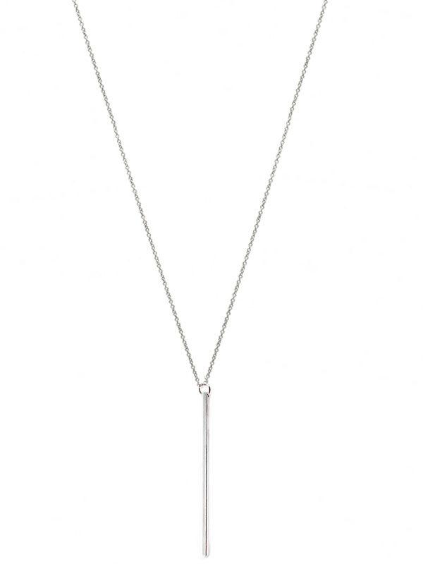 collar clasico largo con colgante palo plateado